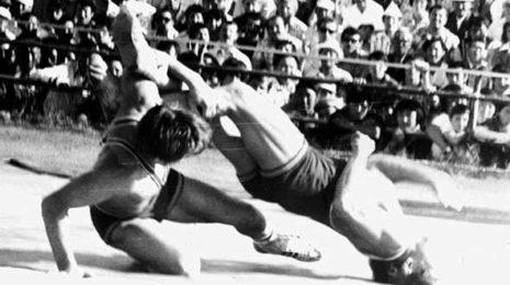 История возникновения вольной борьбы. Что это за вид спорта?