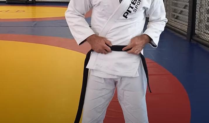 как завязывать пояс на кимоно джиу джитсу
