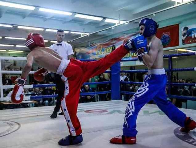 отличается кикбоксинг бокса